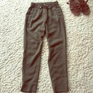 Green Pants with small bow - H&M (0)